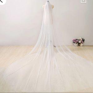 Sparkle wedding veil white silver royal cathedral